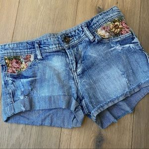 FOREVER 21 denim floral retro mid-rise mini shorts